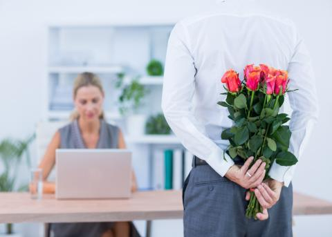 How to handle an office romance between employees