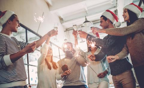 6 ways to keep staff motivated before the work Christmas party
