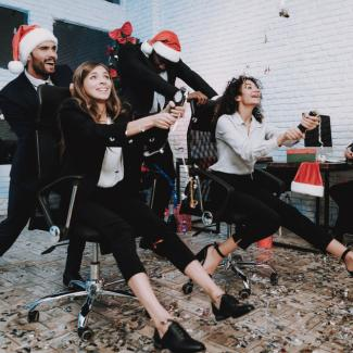 11 dos and don'ts at your office Christmas party